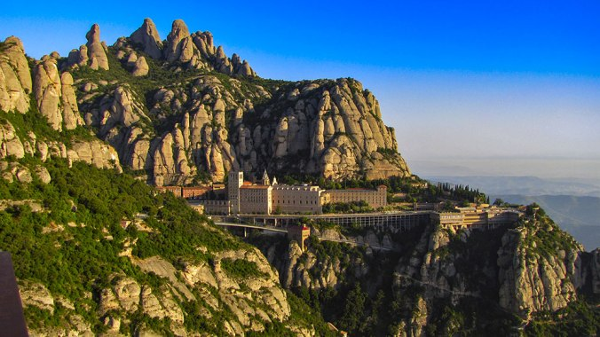 monasterio-montserrat-