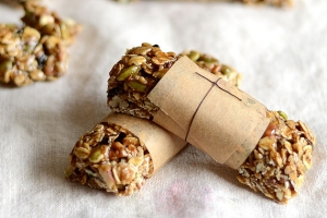 TK-Blog-No-Bake-Granola-Bars