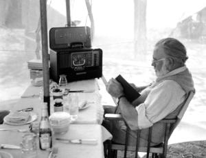 Hemingway-Reading stuartlennon.com