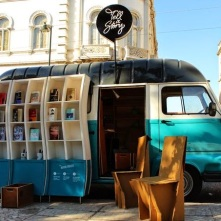 tell-a-story-a-van-bookstore-in-lisbon