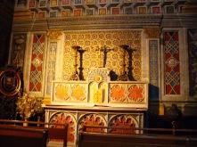 La única catedral europea totalmente pintada en techo y paredes..