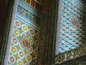 Frescos en las paredes de la catedral.
