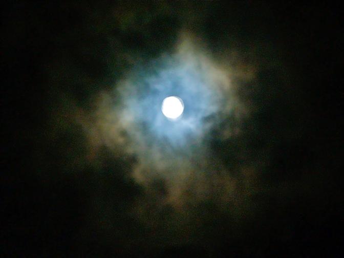 Luna de Lluvia by IMarie
