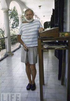 Foto de la Revista Life en su casa de Key West.